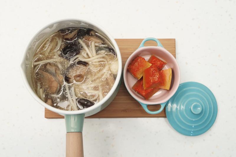 料理實驗室 香菇雞湯麵