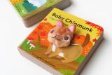 Baby chipmunk finger puppet book 花栗鼠寶寶手指玩偶書